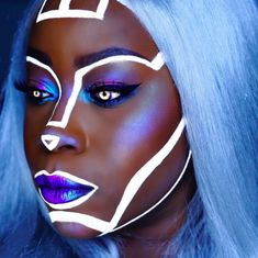 "Avant grande : "" desbreaux: "" Afro Futuristic Cyborg Looks "" "" Robot Makeup, Makeup Fx, Futuristic Makeup, Futuristic Technology, Futuristic Costume, Technology Design, Technology Gadgets, Hd Make Up, Art Visage"