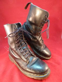Dr Doc Martens Boots Navy Blue Patent Lamper Leather 8 Eye
