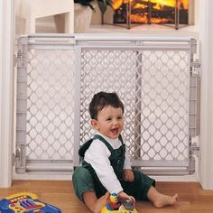Stairway Gate  - Click image twice for more info - See a larger selection of  gates and doorways  at   http://zbabybaby.com/category/baby-categories/baby-safety/baby-gates-and-doorways/  - gift ideas, baby , baby shower gift ideas , kids  « zBabyBaby.com