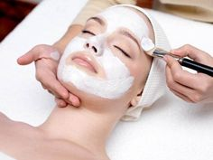 Homemade Facial for Oily Skin (Home Remedies) Homemade facial for oily skin at home. best way to treat oily skin at home. Face packs for oily skin at home. Homemade mask for oily skin. Spa Facial, Facial Masks, Facial Peels, Mini Facial, Facial Waxing, Facial Cleansers, Facial Massage, Homemade Facial Mask, Homemade Facials