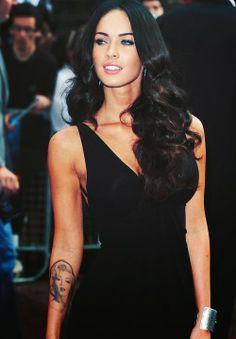 Megan Fox : Whats the Tattoo ?