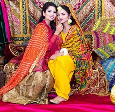 👭 _ Dress by 👸 Pic by Decor rental from Another vlog is up on my channel! Pakistani Mehndi Dress, Bridal Mehndi Dresses, Pakistani Wedding Dresses, Pakistani Dress Design, Bridal Outfits, Dress Indian Style, Indian Dresses, Mehndi Outfit, Shadi Dresses
