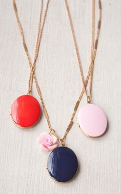 DIY French lockets with nail polish