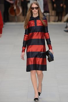 BURBERRY - 990+ Items. Shop Online BURBERRY for Women in New York and LA on  the Official Farfetch US Site. df7dee6dde7