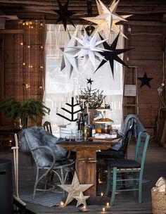 Den 22 oktober öppnar Granit upp julen. Men är du ute efter den traditionella röda julen med tomtar och glitter är det här julsortimentet inte något för dig. Granits jul går mer åt en avskalad dansk jul i uttrycket, lugn, sober och med fin och stämningsfull känsla.