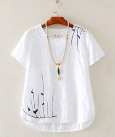 Simple Shirts Embroidered Clothes Linen Dresses Diy Clothes Sewing Clothes Clothes For Women Needle And Thread Hand Embroidery Blouse Dress Embroidery On Clothes, Embroidered Clothes, Great Gatsby Outfits, Mode Hippie, Diy Clothes, Clothes For Women, Diy Vetement, Dressy Tops, Linen Dresses