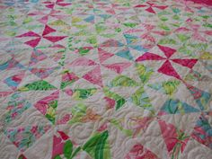 Close up of both sides of my Wanderlust Quilt in my Splendor ... : lilly pulitzer quilts - Adamdwight.com
