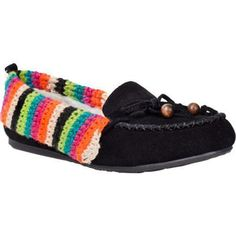 #Crochet Shoes from The Sak, which also makes great handcrafted fair trade crochet bags. Via Beso #aff