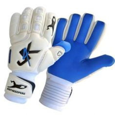 J4K Pro Adverse. A great wet weather glove. http://gloves4keepers.co.uk/