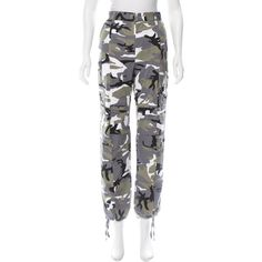 Pre-owned Vetements Winter 2017 Camouflage Pants ($975) ❤ liked on Polyvore featuring pants, grey, multi colored pants, grey pants, gray camouflage pants, camoflauge pants and camo print pants