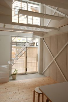 Tower Machiya, Shinjuku, Japan 2010. Architects: Atelier Bow Wow