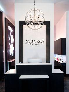 J Michaels Salon Des Moines, IA jmichaelssalondsm.com