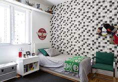 Open house   Elisa e Paul. Veja: http://www.casadevalentina.com.br/blog/detalhes/open-house--elisa-e-paul-3133 #decor #decoracao #interior #design #casa #home #house #idea #ideia #detalhes #details #openhouse #style #estilo #casadevalentina #bedroom #quarto
