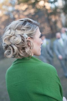 Curled wedding day updo: http://www.stylemepretty.com/new-york-weddings/new-york-city/2014/10/06/elegant-new-york-city-wedding-at-the-central-park-boathouse-with-rustic-touches/ | Photography: Julia Newman - http://julianewman.com/