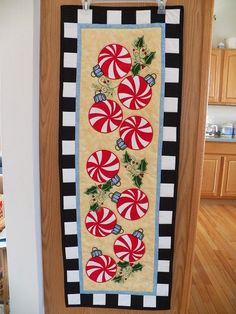 Christmas table runner.  I think I would make placemats/mug rugs instead of a runner.
