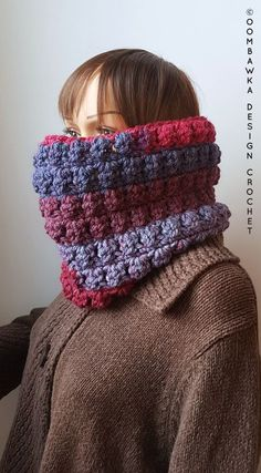 This month I have designed the Short and Sweet Cowl, a great last minute project for you to crochet and give as a gift. You will need less than 1 ball of Caron Tea Cakes yarn (super bulky yarn [6]) and around 2 hours to crochet this project. #SCARFOFTHEMONTHCLUB2017 December