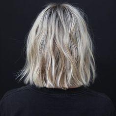 Best Short Hair Back View Images - Kurzhaarfrisuren - Haare Cool Short Hairstyles, Bob Hairstyles, Hair Inspo, Hair Inspiration, Short Hair Back View, Bob Back View, Medium Hair Styles, Short Hair Styles, Short Hair Lengths