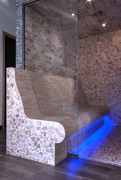 Steam Bath by VSB Wellness - Stoombad gemaakt door VSB Wellness Steam Shower Cabin, Sauna Steam Room, Steam Bath, Spa Rooms, Steam Showers, Master Bathroom, Bathroom Ideas, Fountain, House Plans