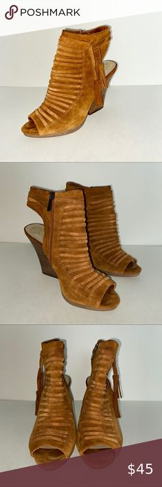 Vince Camuto Suede Booties | Color: Tan | Size 8.5 Vince Camuto Shoes, Ankle Boots/Booties | Color: Tan Suede | Size 8.5 Vince Camuto Shoes Ankle Boots & Booties Suede Booties, Bootie Boots, Ankle Boots, Vince Camuto Shoes, Booty, Style, Fashion, Colors, Suede Ankle Boots