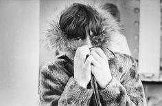 Mick Jagger posing in a fur parka with a fur trimmed hood. Photographer: Terry O'Neill Terry O Neill, Winter Essentials, Fashion Essentials, Style Essentials, Mick Jagger, Fun Live, Sweet Lord, Belted Shorts, Keith Richards
