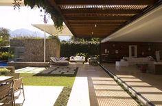 Indio da Costa faz casa de praia onde jardim e sala se misturam (Foto: Divulgação)