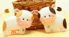 Бычок и коровка из фетра
