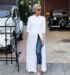 long white cardigan turban look, Modest street hijab fashion www. Source by maryammotlagh islamic fashion Islamic Fashion, Muslim Fashion, Modest Fashion, Dubai Fashion, Fashion 2017, Hijab Mode, Mode Abaya, Casual Style Hijab, Casual Outfits