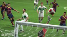 Ao contrário da franquia adversária nos games de futebol, a Konami não lançou seu último Pro Evolution Soccer para os consoles de última geração. Mas, para finalmente estrear os gramados da série nos novos aparelhos, a empresa anunciou noTwitterque Pro Evolution Soccer 2015 estará presente no Play