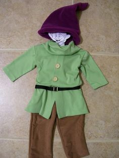 Dopey the Dwarf Children's Costume by ANeedlePullingThread on Etsy Horror Costume, Scary Costumes, Family Costumes, Movie Costumes, Diy Costumes, Halloween Costumes, Movie Props, Halloween Ideas, Costume Ideas