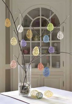 hoppy easter Looking for a fun and easy Easter craft? Bring bright color to your home when you make these simple, inexpensive string Easter eggs. Easter Projects, Easter Crafts For Kids, Easter Ideas, Kids Diy, Diy Projects, Bunny Crafts, Kid Crafts, Easy Crafts, Hoppy Easter