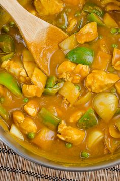 Slimming Slimming Eats Syn Free Chinese Chicken Curry - Gluten Free Dairy Free Slimming World And Weight Watchers Friendly. Slimming World Dinners, Slimming World Recipes Syn Free, Slimming Eats, Slimming World Chicken Recipes, Chinese Curry Recipe, Chicken Curry Slimming World, Chinese Chicken, Chinese Meals, Chinese Food
