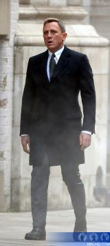 London Filming (5) - Daniel Craig was in action as 007 in London on Sunday as he shot scenes for :: Spectre (2015) AKA James Bond 24 :: MI6 :: The Home Of James Bond 007