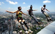 10 Most Dangerous Sports in the World Sports can prove to be a time for merriment and a great source of entertainment for everyone invol. Adventure Is Out There, Adventure Time, Dangerous Sports, Live Love Life, Impossible Dream, Base Jumping, Paragliding, Skydiving, World Of Sports