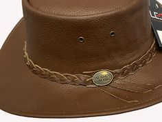 Made of Full grain high quality leather Rainproof Smooth and Natural finish Colour: Tan brown Carefully handcrafted braided band Smooth Leather, Real Leather, Leather Cowboy Hats, Tan Hat, Western Cowboy, Bra Sizes, Hats For Women, Westerns, Colour