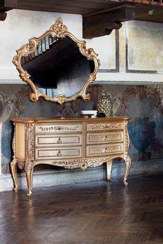 Vesta Dresser by Silik Types Of Furniture, Classic Furniture, Luxury Furniture, Italian Interior Design, Bathroom Vanity Designs, Homemade Furniture, Container House Plans, Mirror Art, Beautiful Bedrooms