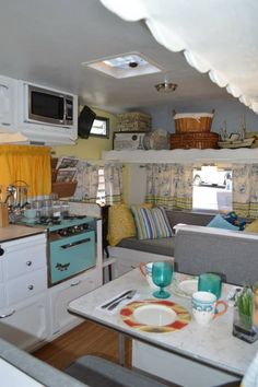 Camper interior colour scheme