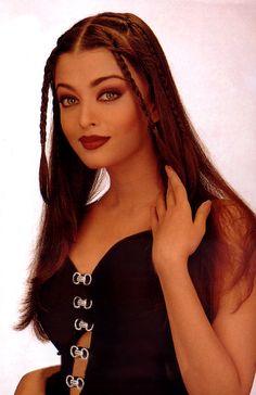 Aishwarya Rai Bachchan, Old Unseen Modelling Photo