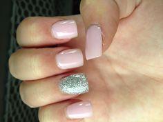 Light pink sparkle nails