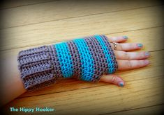 The Hippy Hooker: Super Simple Fingerless Gloves: Free Crochet Pattern!