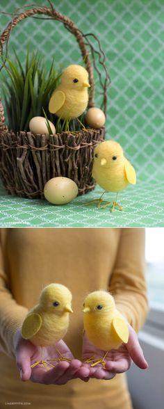 #needlefelting #feltedchicks #felting #Eastercraft #Kidscraft www.LiaGriffith.com:
