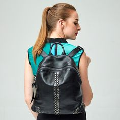 58.98$  Buy now - http://aliq47.worldwells.pw/go.php?t=32741266250 - 2016 Fashion Rivet Girl's Black Backpack Ladies Leisure Genuine Leather Travel Bags 58.98$