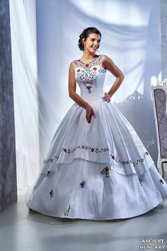 Bridal dress decorated with colorful handmade Kalocsa embroidery. Stunning Dresses, Elegant Dresses, Formal Dresses, Grad Dresses, Bridal Dresses, Quinceanera Dresses, Wedding Wear, Traditional Dresses, Victorian Fashion