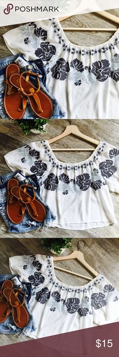 Forever 21//Boho Off The Shoulder Crop Top •Color: White with shades of blue •Style: Off The Shoulder Crop Top •Details: Features dark and light blue embroidered flowers  •Gently used in great condition  •No imperfections/flaws Forever 21 Tops Crop Tops