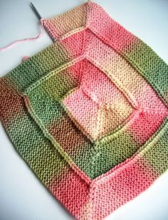 This is so pretty and a nice change from the standard way of knitting a blanket or throw. Pattern is free from Ravelry.