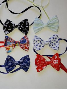 Gravata Borboleta em Tecido Tam M (10 unidades) Dog Shop, Lhasa, Diy Stuffed Animals, Bandanas, Dog Grooming, Dog Cat, Geek Stuff, Bows, Sewing
