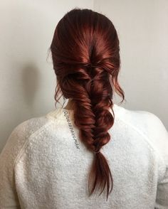 Exquisite Hair colors that I like hair hairandhairstyles haircolor hairinspiration hairstyles Hairstyle auburn Hair Exquisite Hair colors that I like Hair Color Auburn, Red Hair Color, Long Auburn Hair, Fishtail Hairstyles, Fishtail Braids, Wedding Hairstyles, Dye My Hair, Ginger Hair, Gorgeous Hair