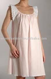Resultado de imagen de camisones Lingerie Couture, Sewing Lingerie, Modest Fashion, Skirt Fashion, Hijab Fashion, Luxury Nightwear, Mode Simple, Night Dress For Women, Sleep Dress