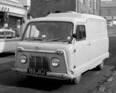 Standard Atlas Van