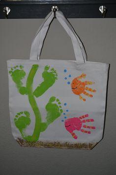 Summer Handprint Crafts for Kids to Make - Crafty Morning Seashell Crafts, Beach Crafts, Summer Crafts, Summer Art, Daycare Crafts, Toddler Crafts, Crafts For Kids To Make, Art For Kids, Kids Stamps