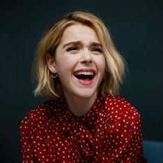Your smile shines more than all the stars together . Ross Lynch, Archie Comics, Sally Draper, Netflix, Kiernan Shipka, Sabrina Spellman, Badass Women, Looking Stunning, Beautiful Celebrities